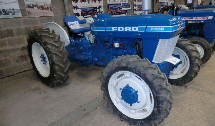 Ford 2810 Specs And Data