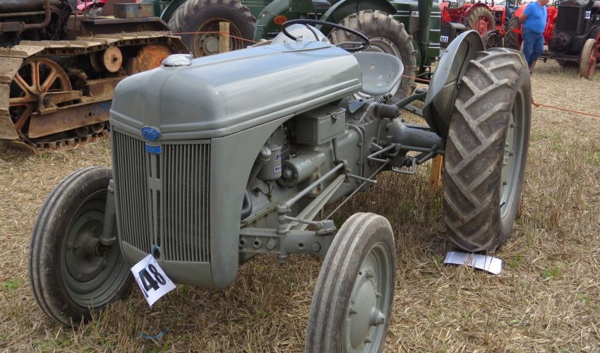 9n Ford Tractor Torque Specs : Ford n specs and data united kingdom