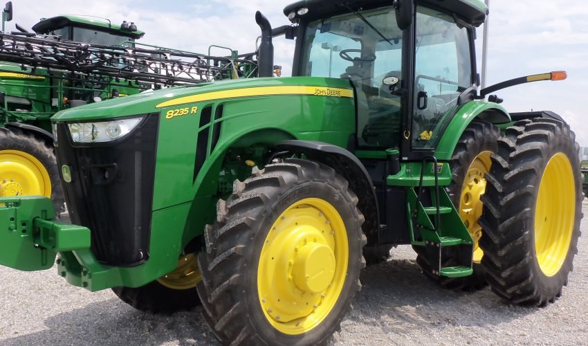John Deere Tractor Tire Pressure : John deere r specs och data