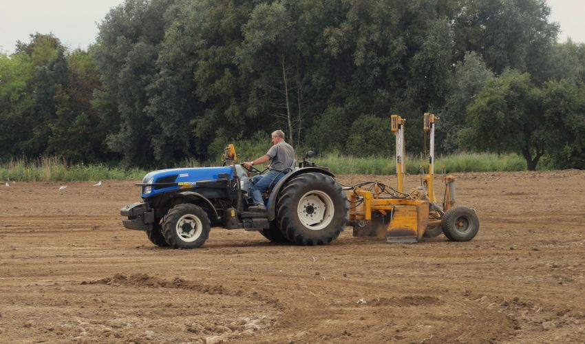New Holland T 4050V