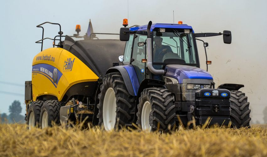 Holland Y Holland >> New Holland TM 165 Fiche technique / Info - France