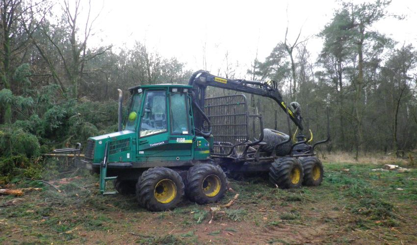 Timberjack 810B Forwarder
