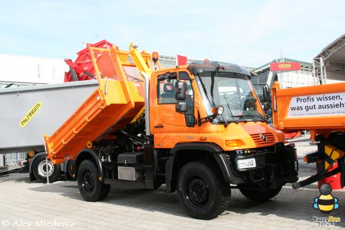 Mercedes benz unimog irreplaceable in the timber industry business cars