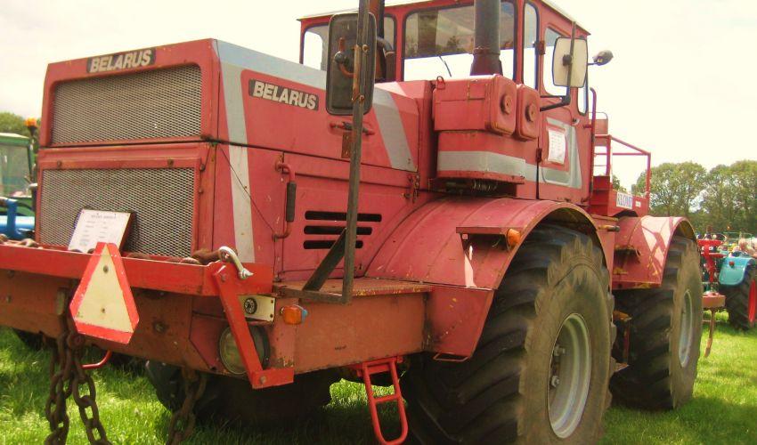Belarus K 700 A