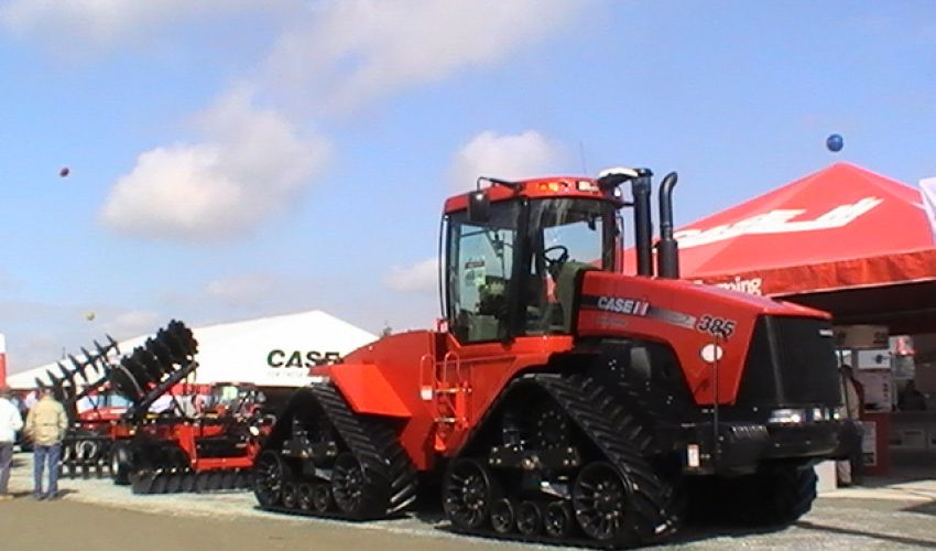 Case IH Quadtrac 385