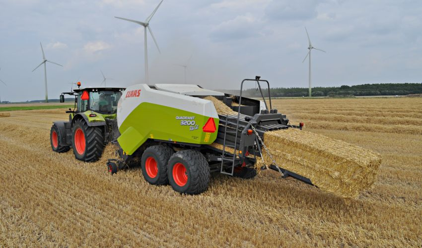 Claas Quadrant 3200