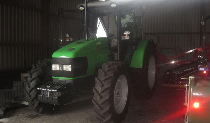 Deutz-Fahr Agrotrac 100
