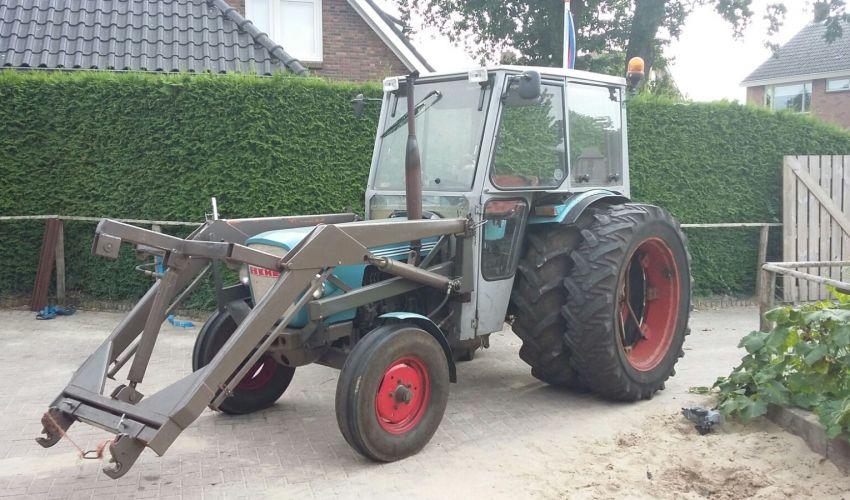 Eicher 3351S
