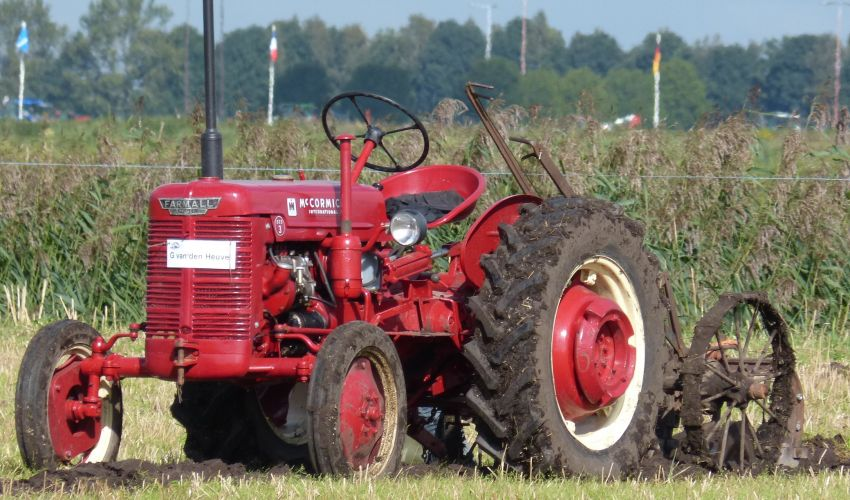 Farmall Tractor Ball Joints : Farmall ded specs and data united kingdom
