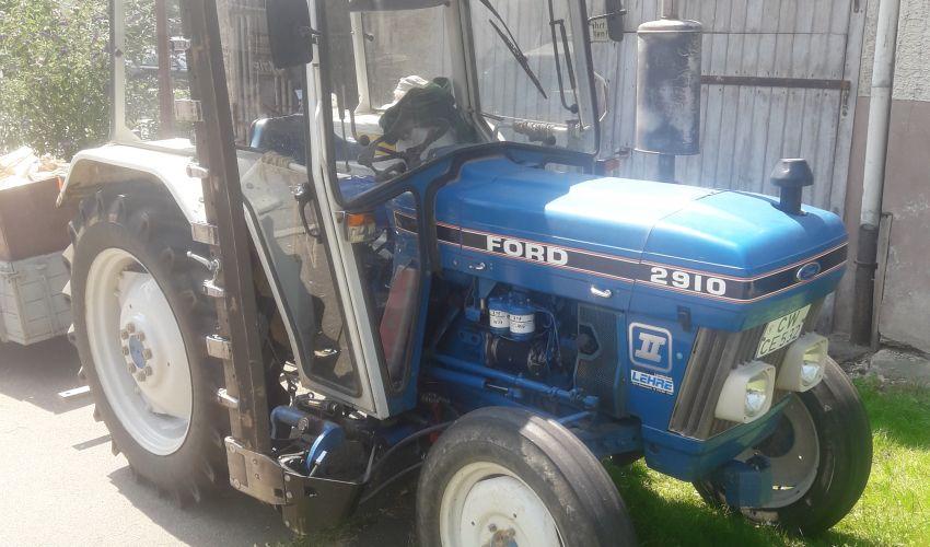 1305940-2910-ford.jpg