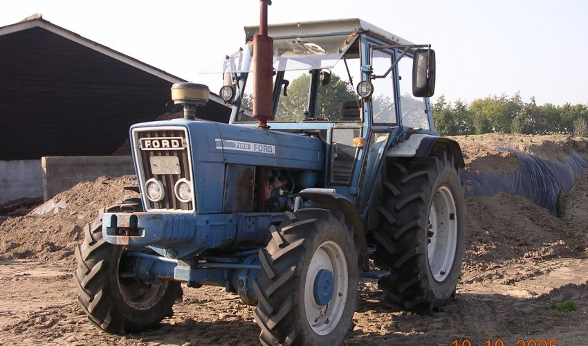 Ford 7100