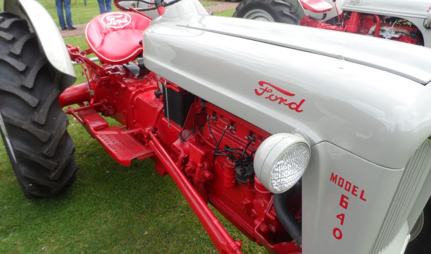 Ford 640