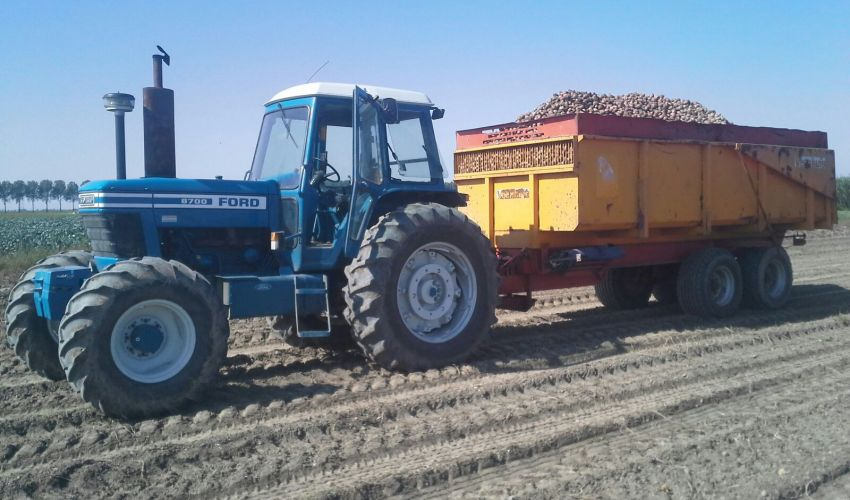 Ford 8700 Tractor : Ford fiche technique info france