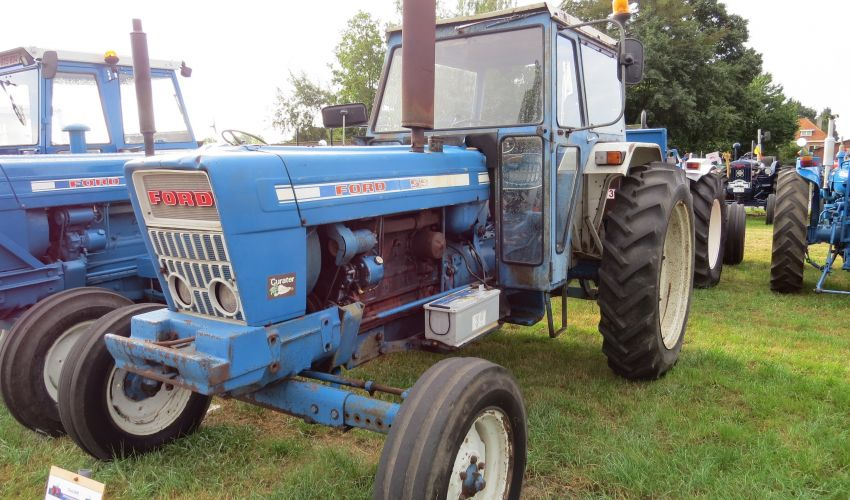 Ford 5950T