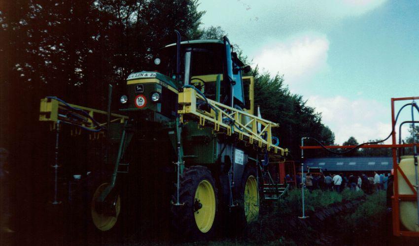 John Deere 2250 (Hoogbouw)