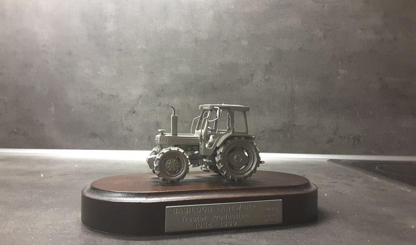 Landbouw miniaturen 1:43 ford