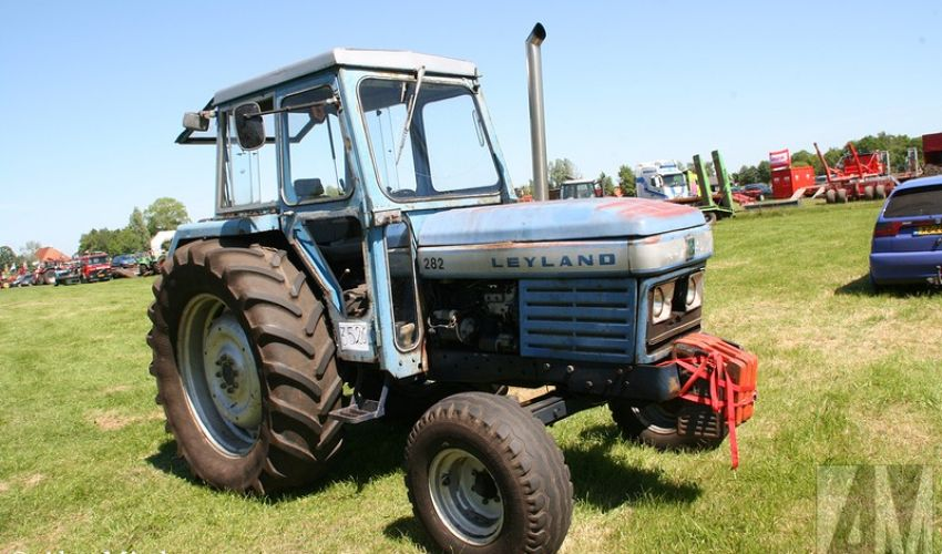Leyland 282