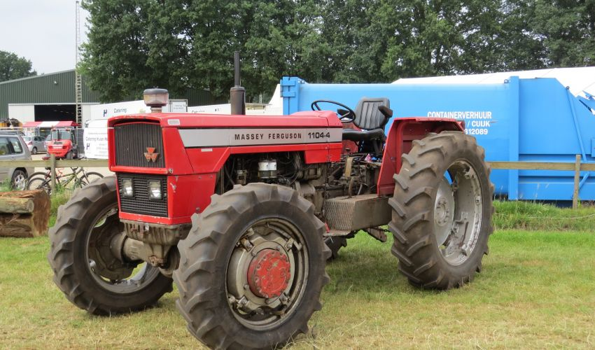 Massey Ferguson 1104-4