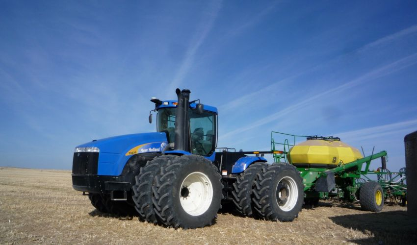 New Holland T 9030