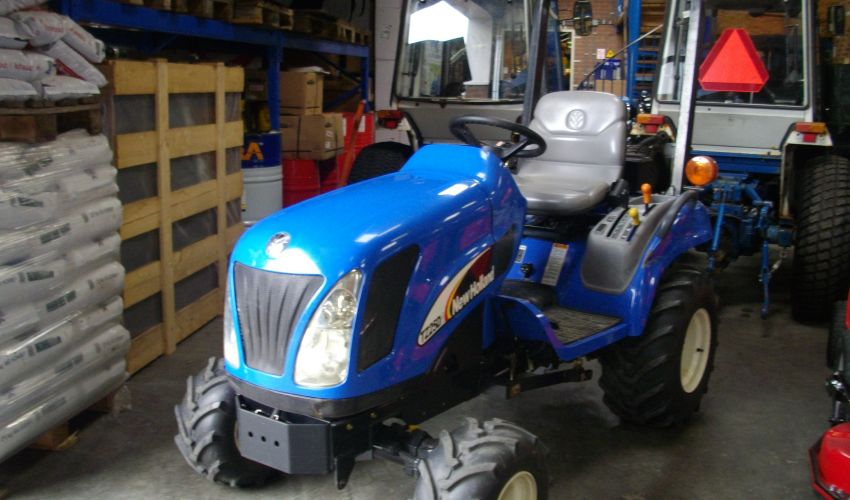 New Holland TZ 25 DA