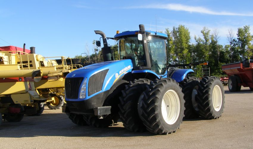 New Holland T 9.390