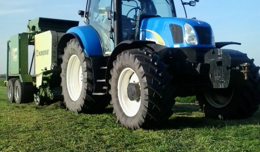 New Holland T 6060