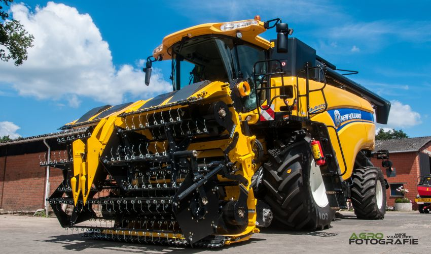 New Holland CX 7090