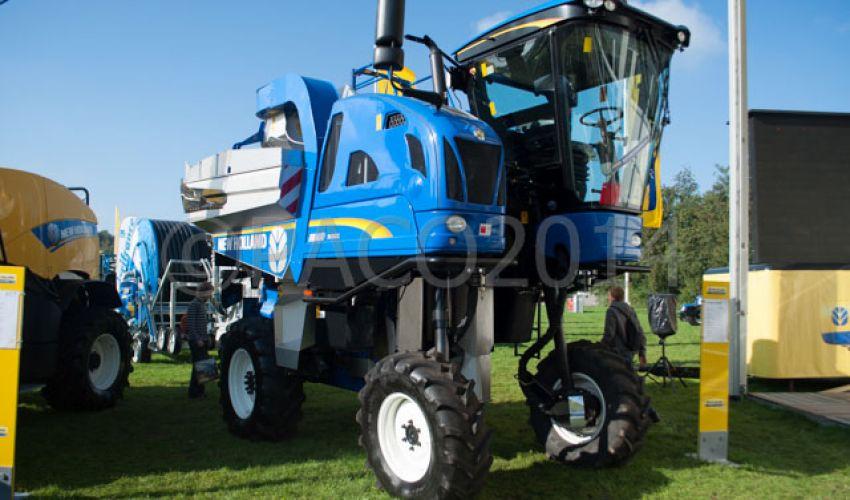 New Holland Braud 9060L