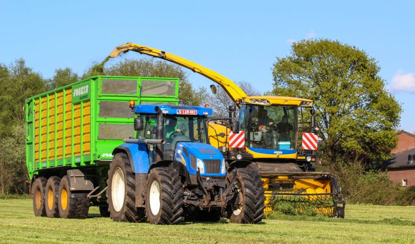 New Holland T 7530