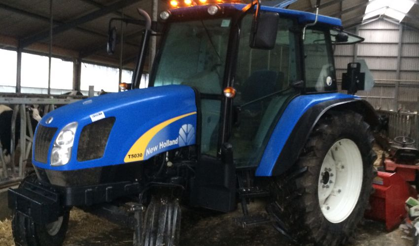 New Holland T 5030