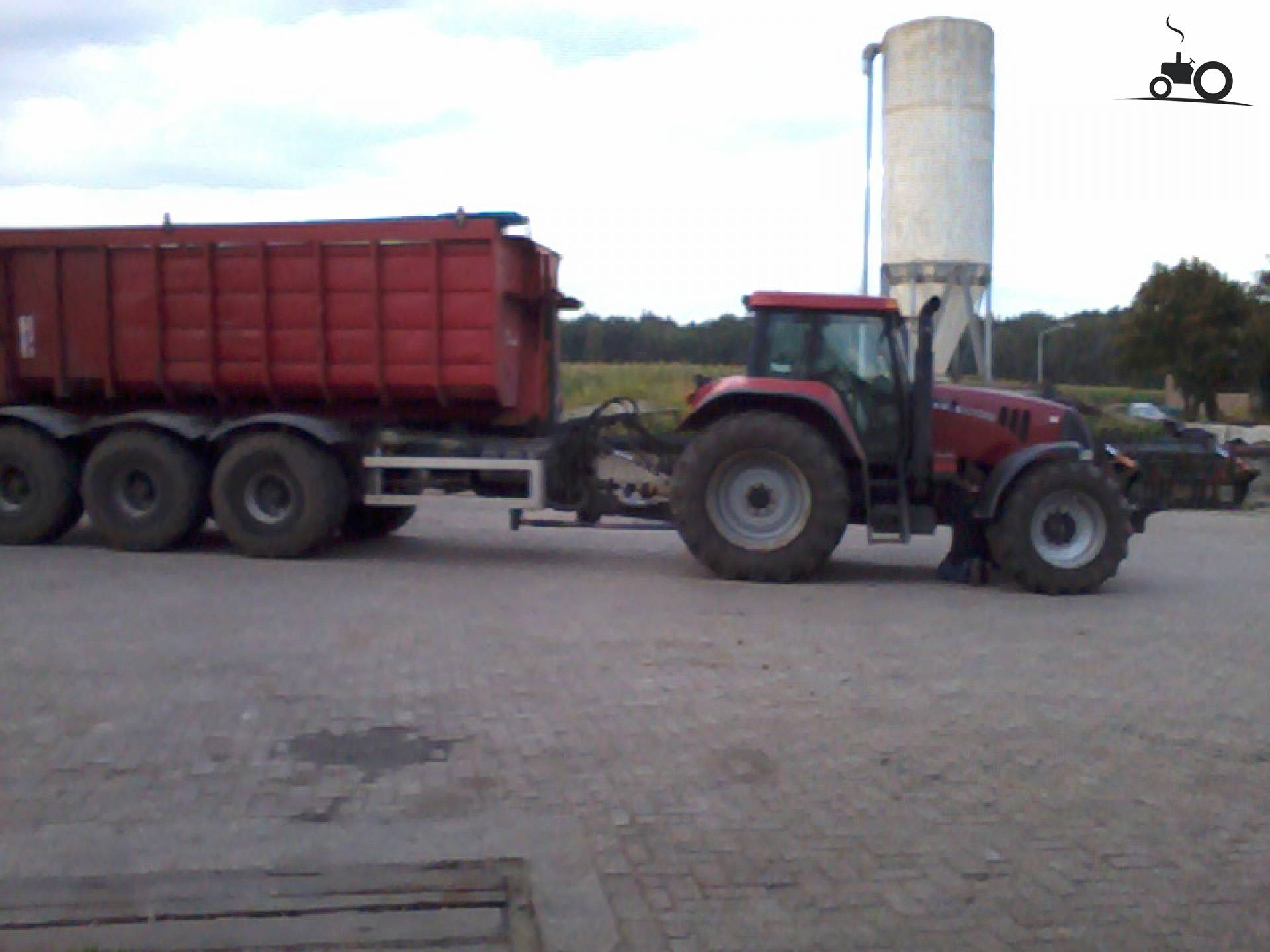 Case CVX 1135 van Matjeu van ham Druk bezig met aardappels rooien..