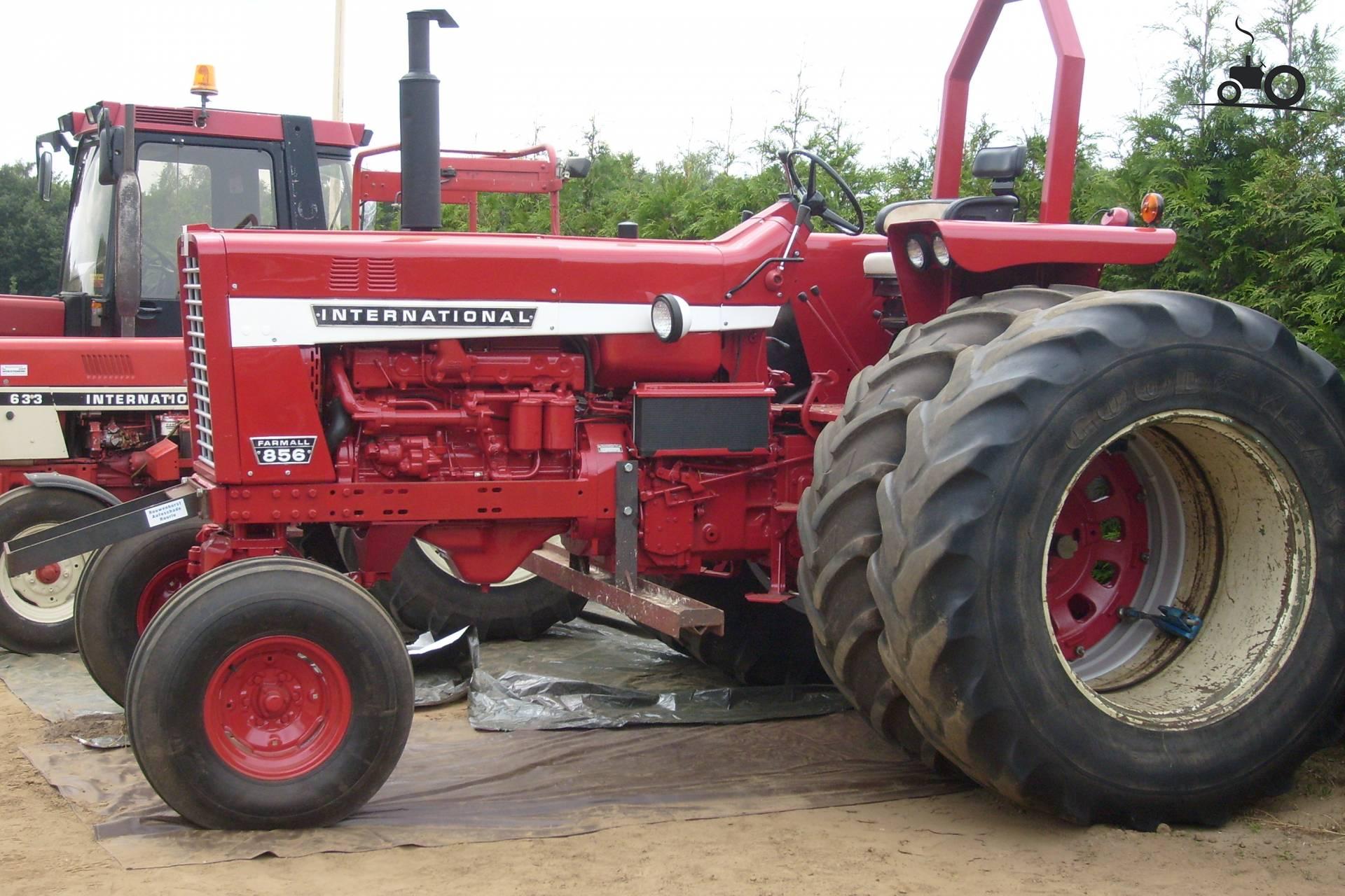 Farmall 856 #180530