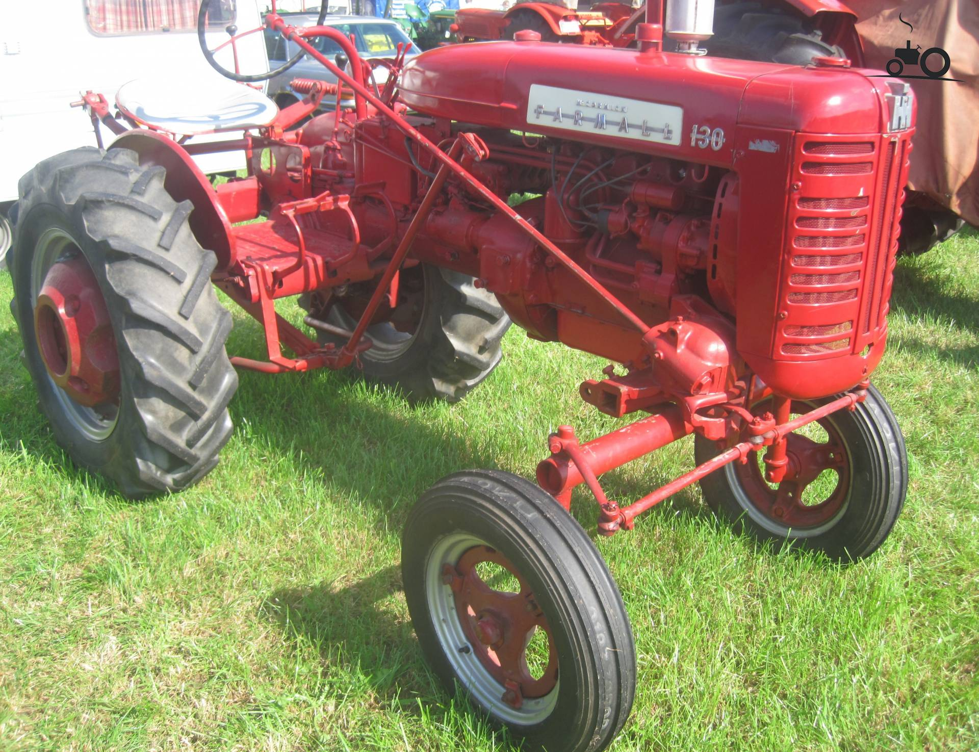 Farmall 130 Tractor : Farmall specs and data everything about the