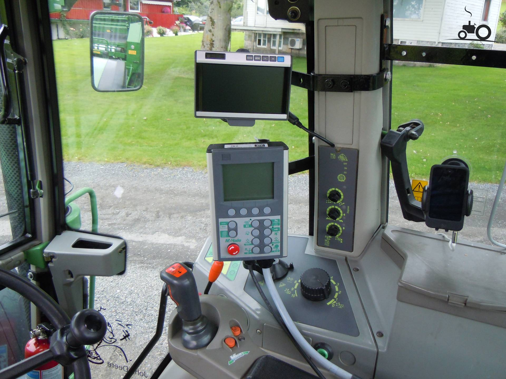 Foto fendt interieur 683530 for Interieur 605