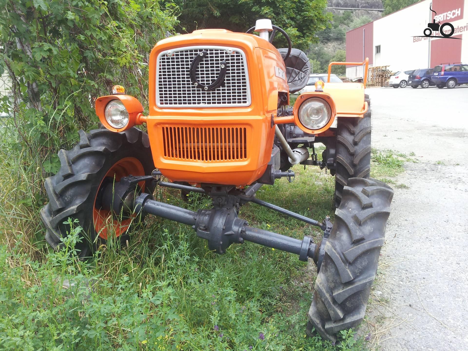 Picture Fiat 215 Dt 660452