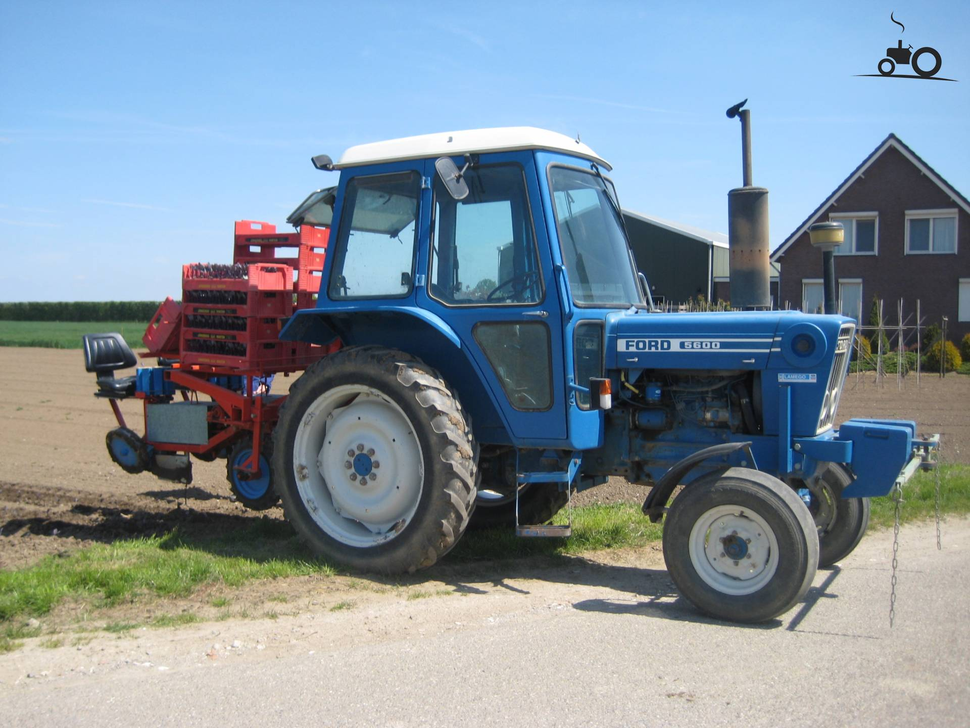 Ford 5600 Tractor : Picture ford