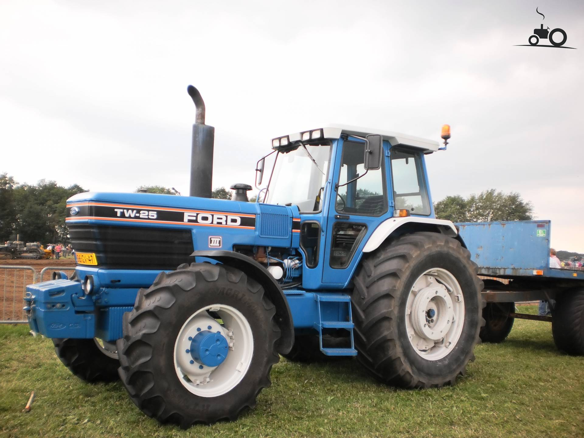 Ford TW 25 #384737