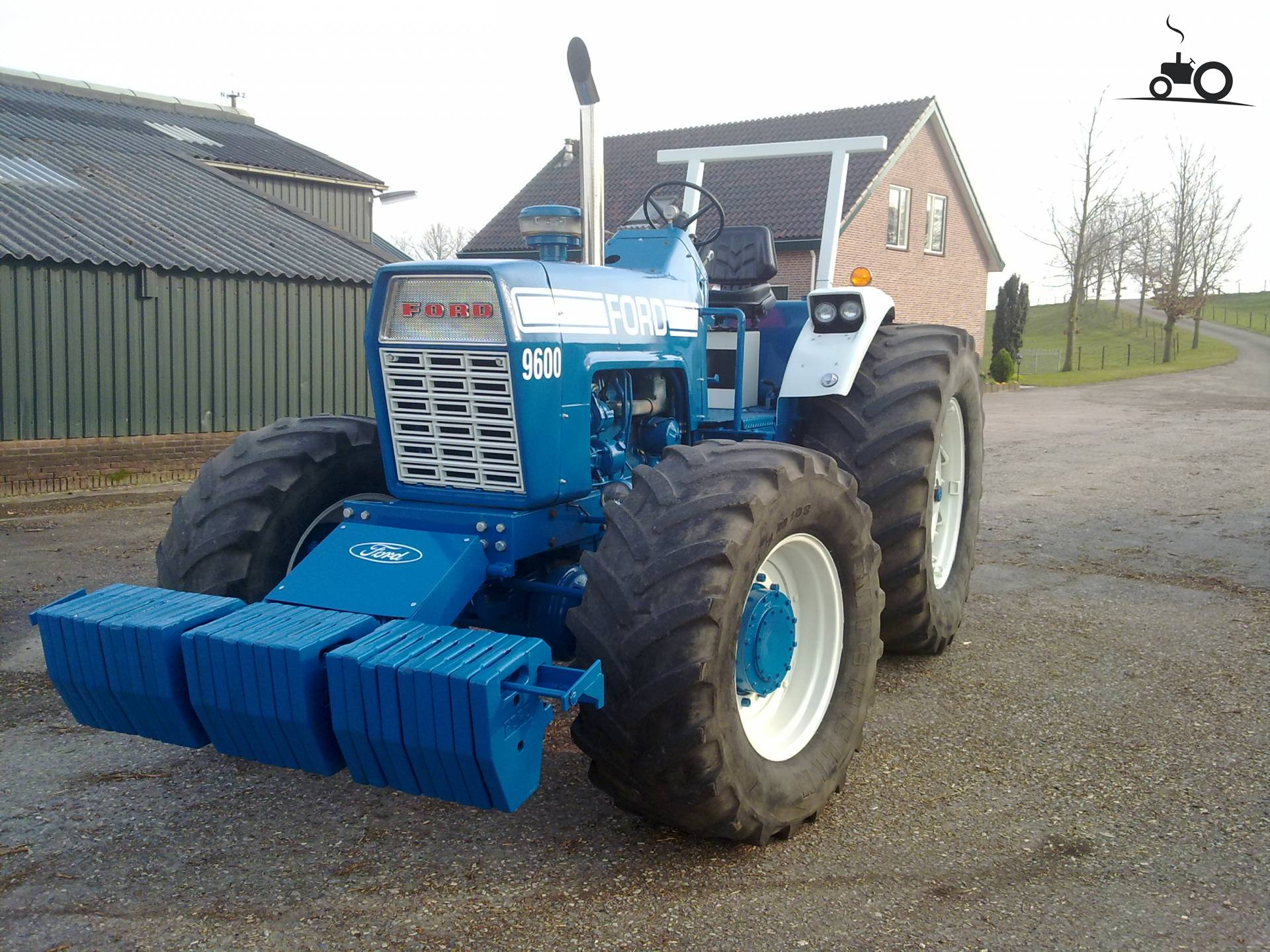 Ford 9600 Tractor : For ford sale tractor