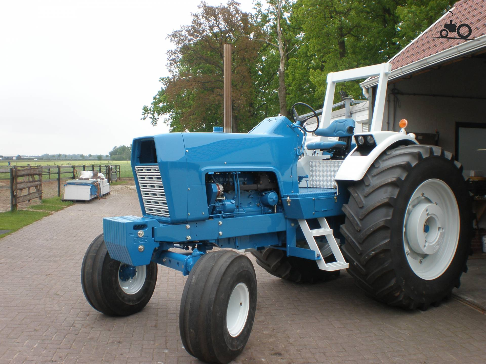 Ford 9600 Tractor : Ford tractor