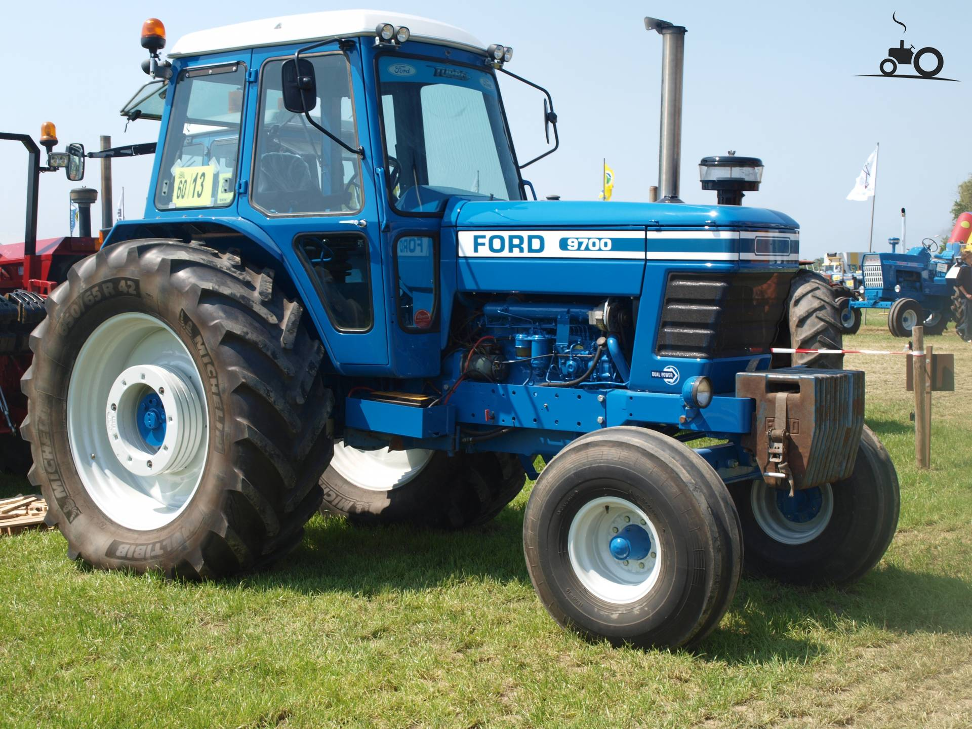 Ford 9700 Tractor : Ford fiche technique info tout sur le