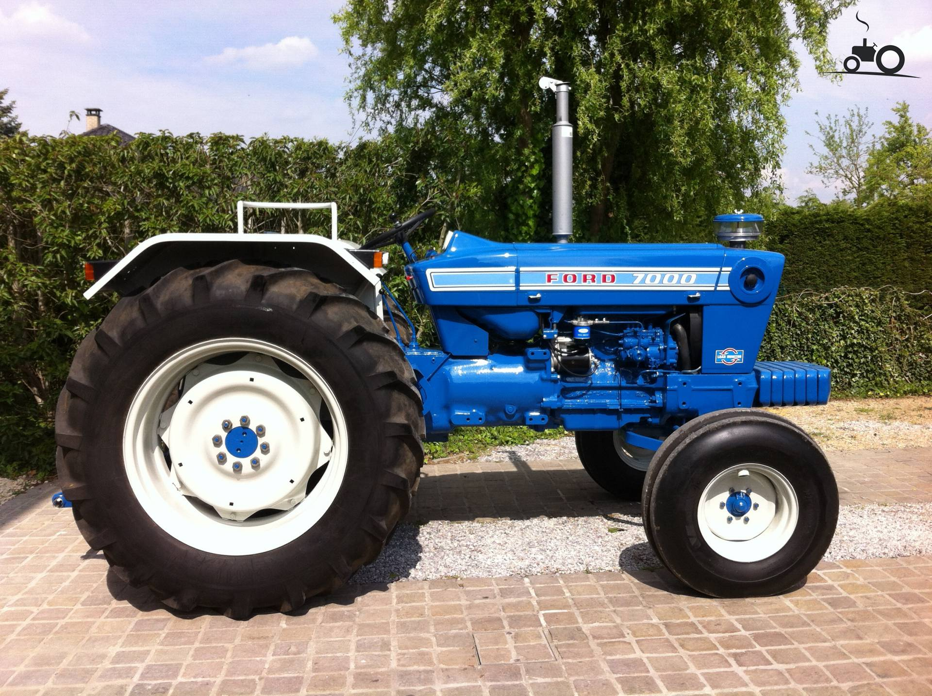 videos ford 7000