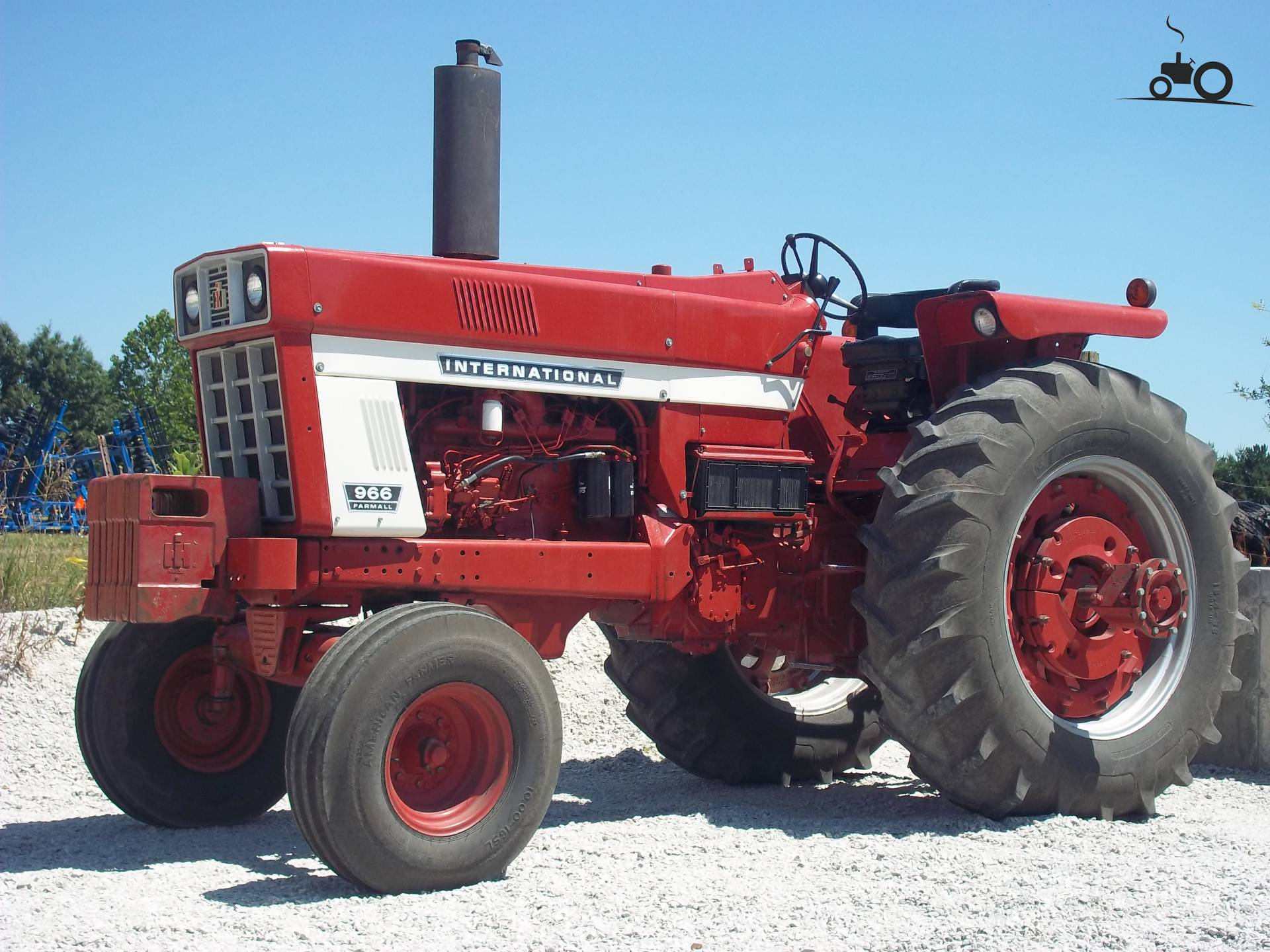 966 International Tractor : International specs and data everything about the