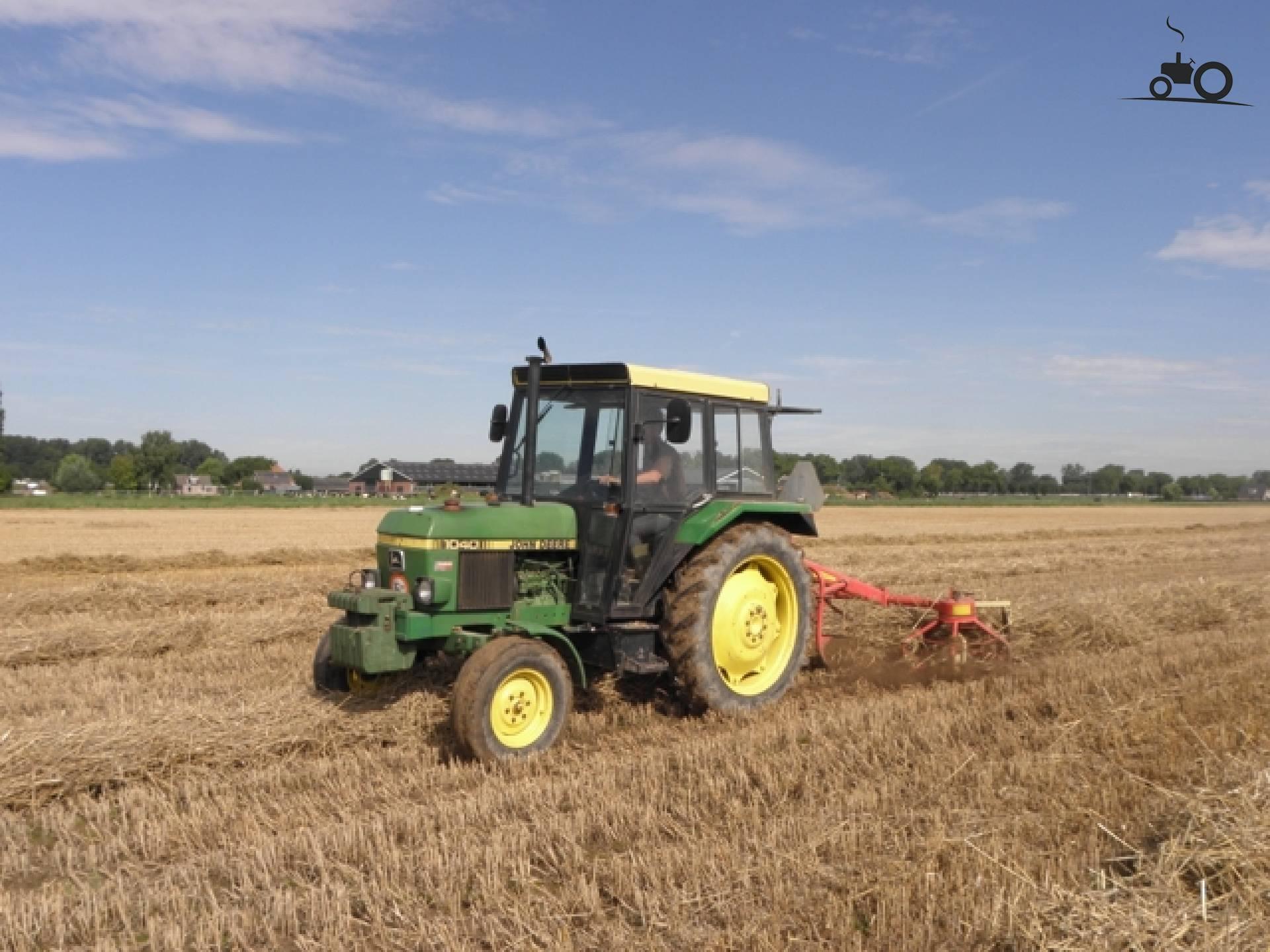 Tracteur john deere - Le bon coin tracteur tondeuse ...