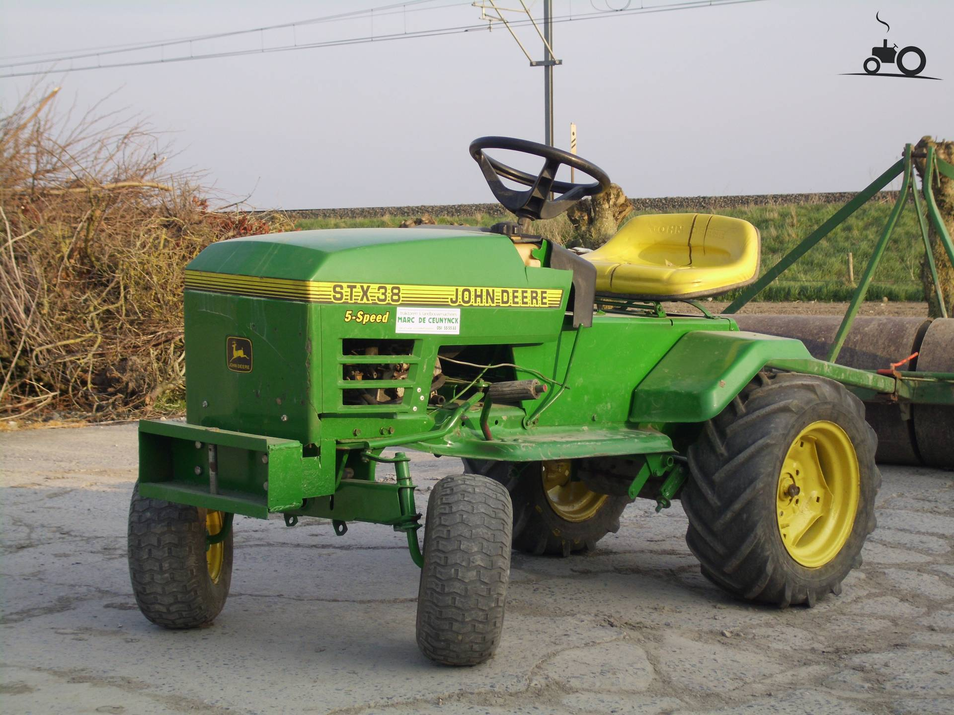 S 63 John Deere D130 Parts also Viewtopic together with 4020 Jd Wiring Diagram as well 4400 HST 3 Point Hitch Problem also Stx 38 Wiring Diagram. on jd 1070 wiring diagram
