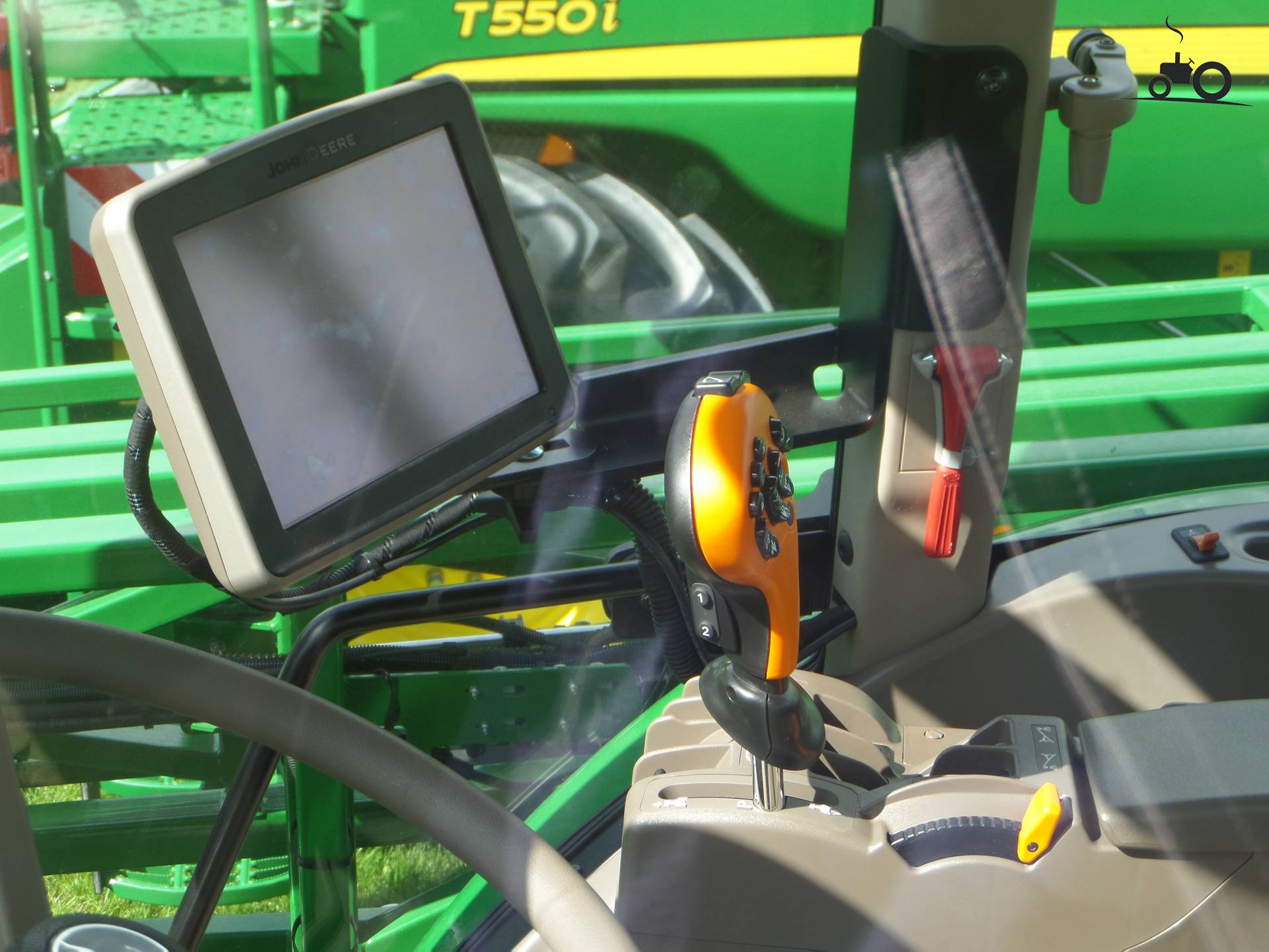 John deere interieur foto van jd6930 2015 for Interieur van nu