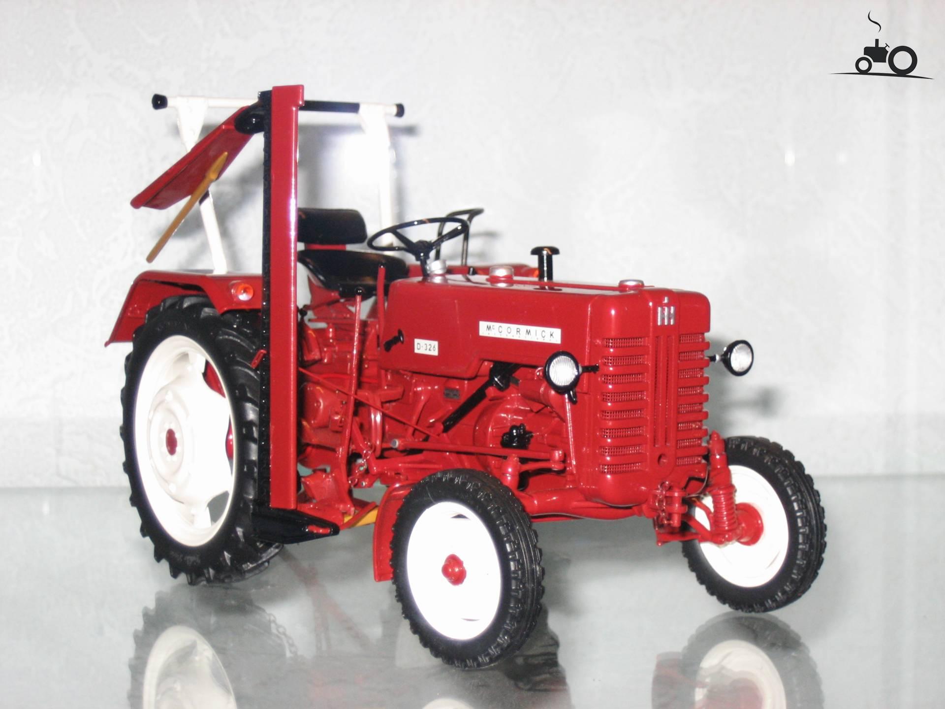 foto landbouw miniaturen 1 32 mccormick 95704. Black Bedroom Furniture Sets. Home Design Ideas