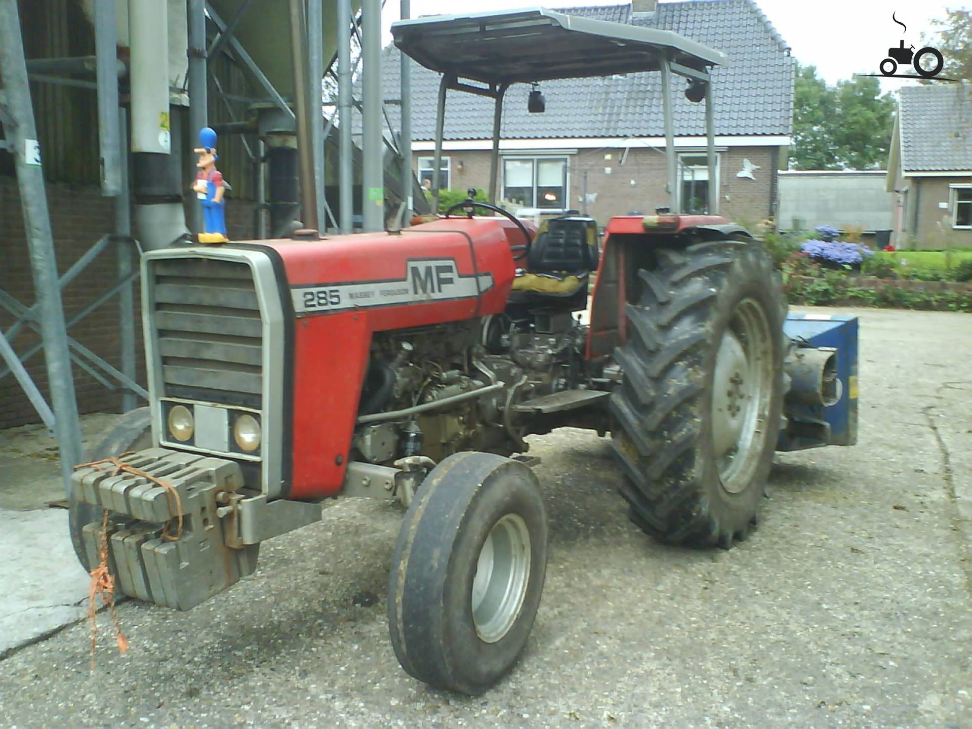 Massey Ferguson 285 Tractor Information : Massey ferguson specs and data everything about the