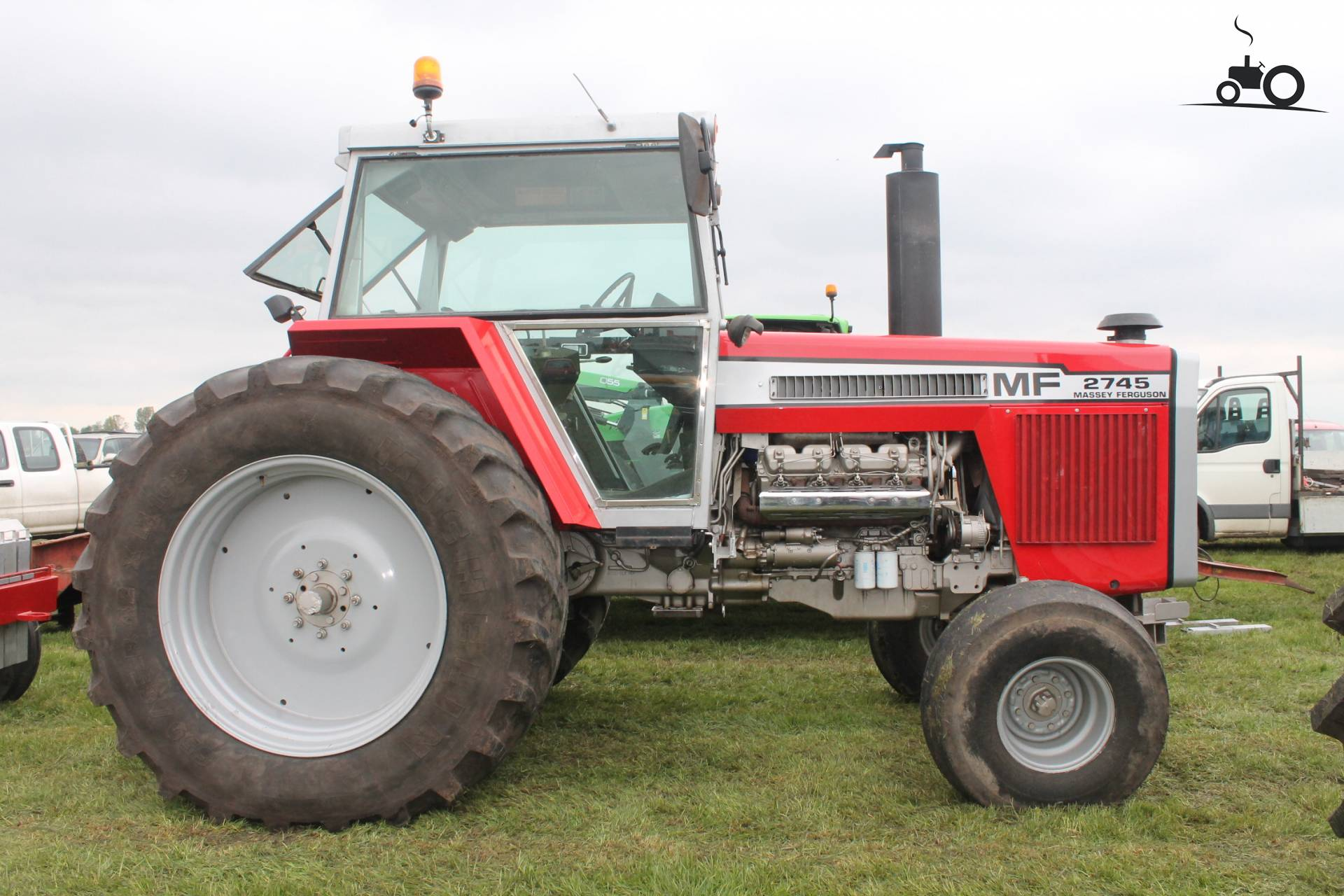 Massey Box Fan : Pin massey ferguson tractor on pinterest