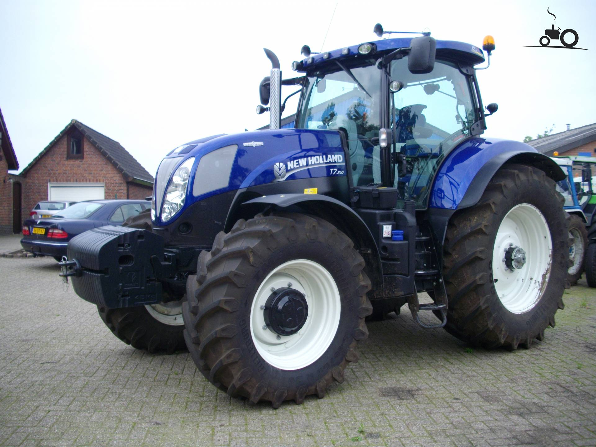 Picture New Holland T 7 210 524801