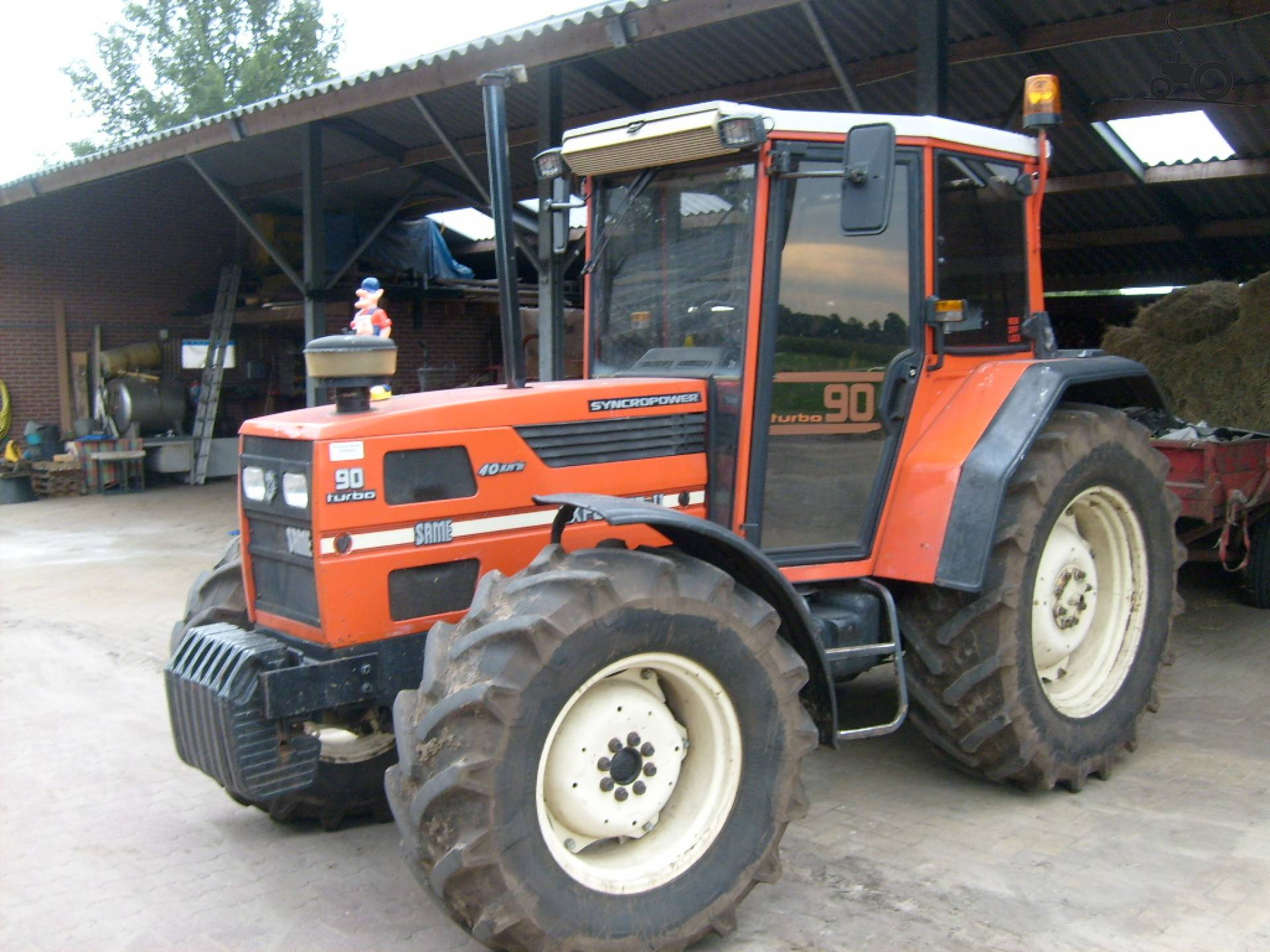 Same Tractor 90 : Picture same explorer